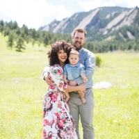 7 Tips On What To Wear For Your Family Session (with examples!)